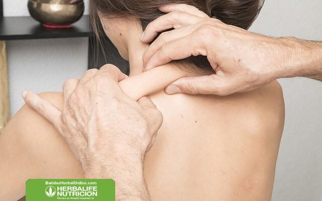 Rutina de ejercicios para quemar grasa localizada en la espalda